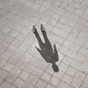 invisible-man-shadows-pol-ubeda-4