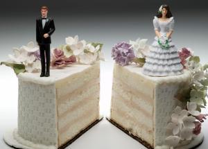 PHI+divorce+wedding+cake+split